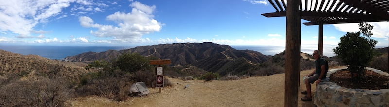 Great views are offered at the top of the Catalina Island.